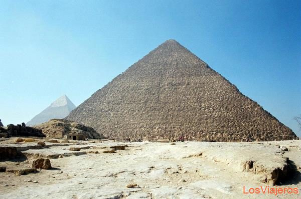 Pyramid of Cheops-Giza-Egypt Pirámide de Keops-Giza-Egipto