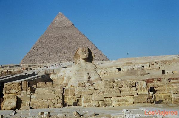 The Pyramid of Khafre and The Great Sphinx-Giza-Egypt La pirámide de Kefrén y la Gran Esfinge-Giza-Egipto