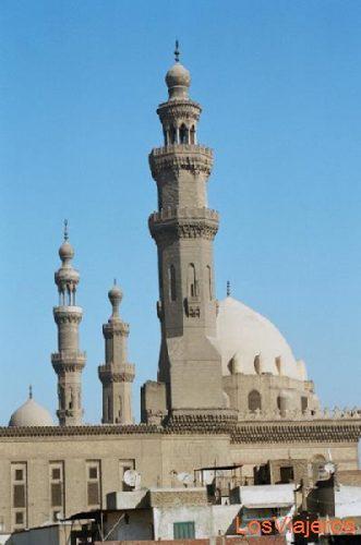View of the Sultan Hassan Mosque-Cairo-Egypt Vista de la Mezquita Sultan Hassan-El Cairo-Egipto