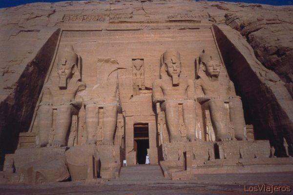 Temple Abu Simbel -Egypt Templo Abu Simbel -Egipto