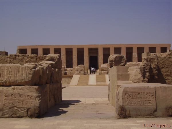 Abydos -The Temple of Seti dedicated to the god Osiris- Egypt Templo de Seti I dedicada al dios Osiris -Abydos- Egipto