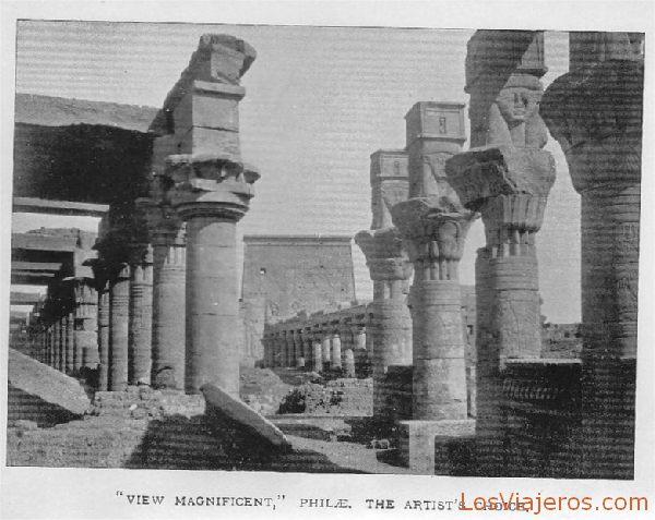 Interior of temple Philae at Assouan - Egypt Interior del templo de Philae en Asuán - Egipto