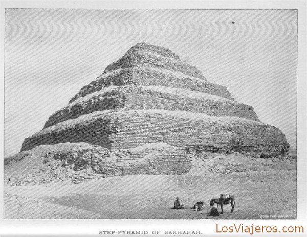 Pirámide escalonada de Saqqarah - Egipto