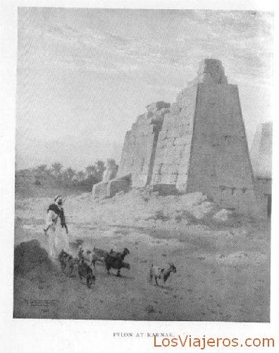 Pylon at Karnak - Egypt Pilono en Karnak - Egipto