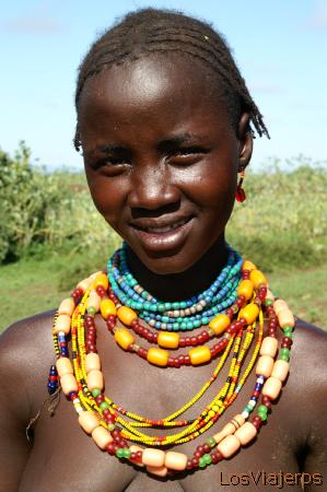 Mujer Danasech - Omorate - Valle del Omo - Etiopia Danaserch woman - Omorate - Omo Valley - Ethiopia