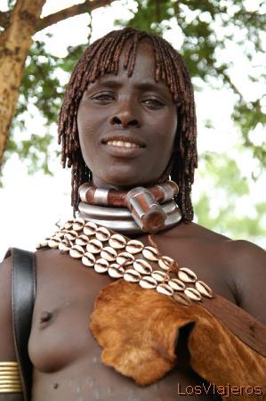 Mujer Hamer -Dimeka- Valle del Omo - Etiopia Hamar woman -Dimeka- Omo Valley - Ethiopia