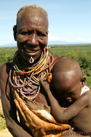 Abuela Karo - Valle del Omo - Etiopia