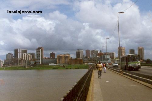 Puente Charles De Gaulle desde Treichville - Abidjan - Costa de Marfil
