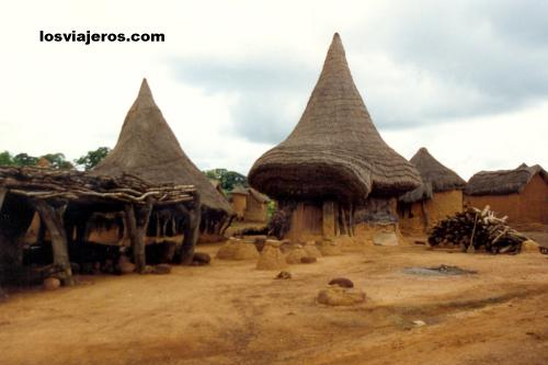 Casa de la brujeria - Niofouin - Korhogo - Costa de Marfil Wizard's House - Niofouin - Korhogo - Ivory Coast / Cote d'Ivoire