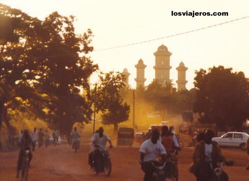 Mosque of Korhogo - Ivory Coast / Cote d'Ivoire Mezquita de Korhogo - Costa de Marfil