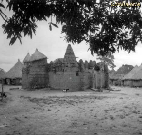 Kato - near Korhogo - Ivory Coast / Cote d'Ivoire Kato - cerca de Korhogo - Costa de Marfil