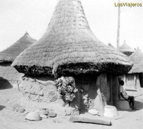 Village - Niofouin - near Korhogo - Ivory Coast / Cote d'Ivoire Poblado - Niofouin - cerca de Korhogo - Costa de Marfil