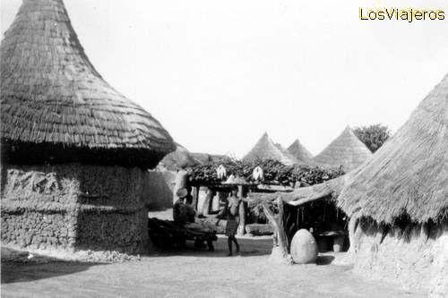 Poblado - Niofouin - alrededores de Korhogo - Costa de Marfil