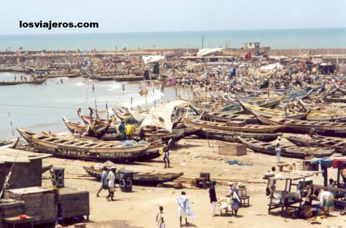 Fisher's port in Accra - Ghana Puerto de la capital - Accra - Ghana