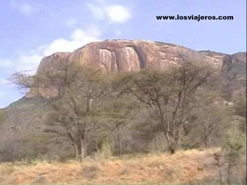 Isiolo - Moyale Road - Kenya  Carretera Isiolo - Moyale - Kenia