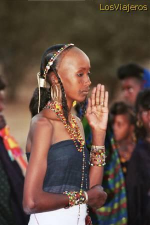 Bororo Girl during a Gereewol party - Niger Chica Bororo o Woodabe durante la fiesta Gereewol - Niger