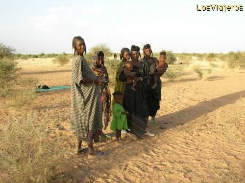 Nomadas de la tribu bororo Abalak (sahel) - Niger Nomadic Bororo Abalak (sahel) - Niger