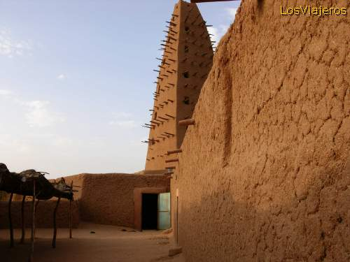 The Great Mosque - Agadez - Niger La Gran Mezquita - Agadez - Niger