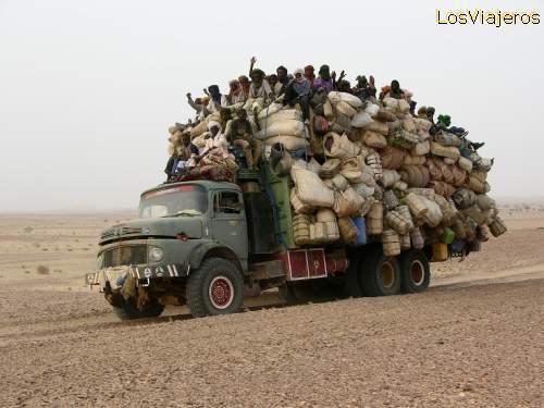 Public Transport between Libya and Agadez - Niger Linea de transporte publico Libia-Agadez - Niger