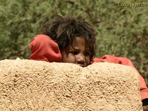Shy face - Timia - Air - Niger Tímida carita - Timia - Montes del Air -Niger