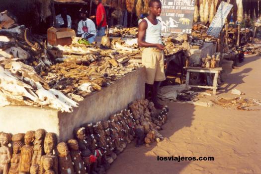 Fetish Market - Mercado de los Fetiches - Marche des Feticheurs - Lome - Togo Mercado de los Fetiches - Marche des Feticheurs - Lome - Togo