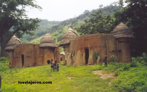 Castle-like houses in Tamberma Valley - Togo. Casa tipica del valle de Tamberma (Tata) Togo