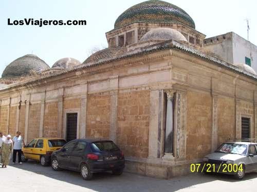 Temple - Tunez - Tunisia Templo - Túnez - Tunez
