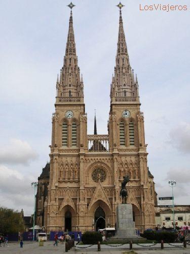 Basílica de Luján - Buenos Aires - Argentina Luján - Buenos Aires - Argentina