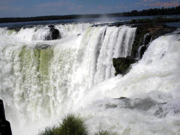 Devil's Throat - Iguazu Falls - Misiones - Argentina Garganta del Diablo - Cataratas del Iguazú - Misiones - Argentina