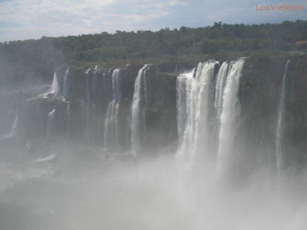 Iaguzu Waterfalls - Misiones - Argentina Garganta del Diablo - Cataratas Del Iguazú - Misiones - Argentina
