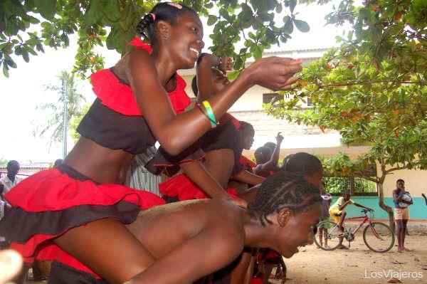 Bleat traditional in Palenque - Colombia Bailes tradicionales africanos de Palenque - Cartagena - Colombia