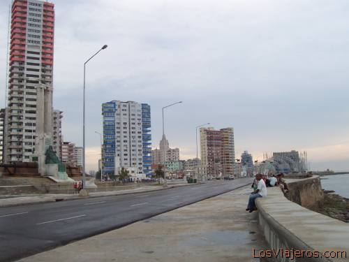 El Malecon de la Habana -Cuba Malecon of Havana - Cuba
