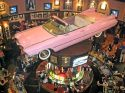 Ampliar Foto: Vista de la barra del bar del Hard Rock.