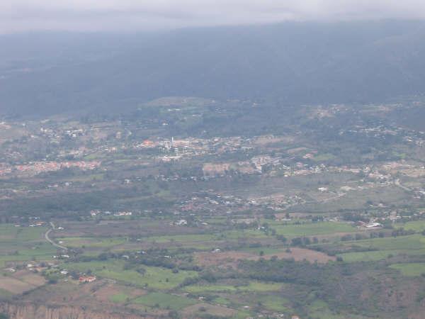 Los suburbios de Mérida desde el parapente - Venezuela Suburbs of Merida from the paragliding - Venezuela