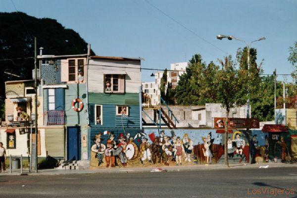 Welcome to the neighborhood of La Boca, Buenos Aires - Argentina Bienvenidos al barrio de La Boca, Buenos Aires - Argentina