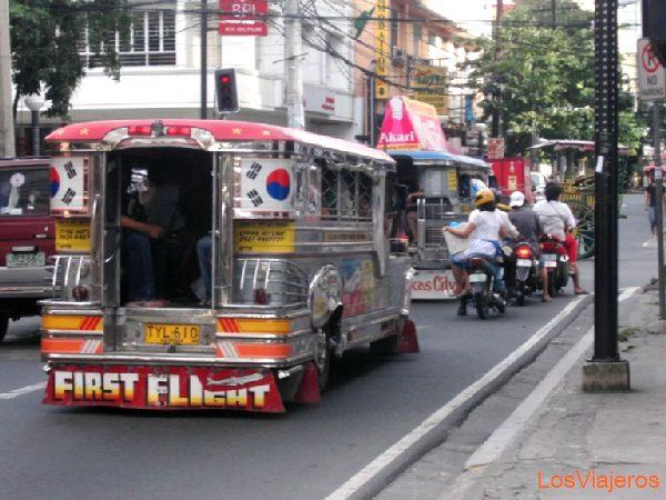 Jeepneys en Manila - Filipinas