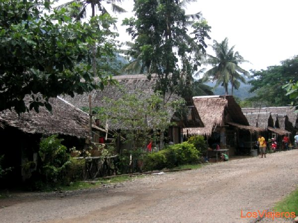 Traditional houses - Philippines Casas tradicionales - Filipinas