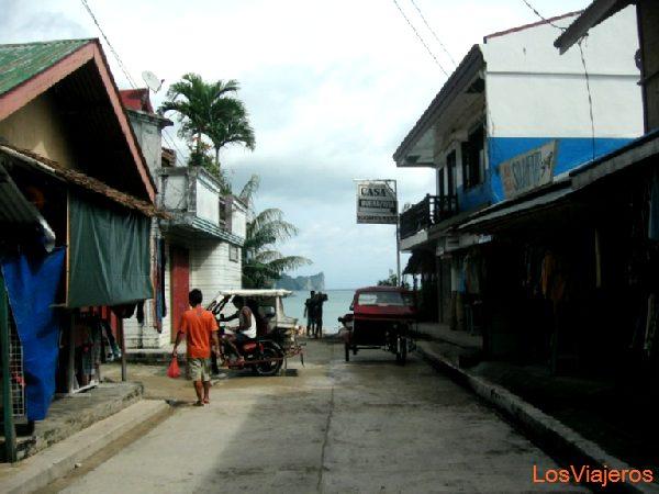 El Nido Street - Philippines Calle de El Nido - Filipinas