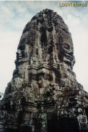 Bayon highest tower - Angkor - Cambodia Bayón torre central - Angkor - Camboya