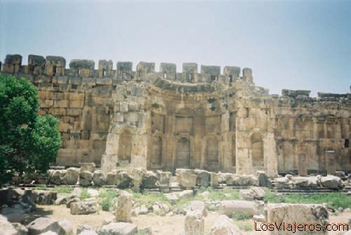 El gran palacio -Baalbek- Libano. - The great court -Baalbek- Lebanon