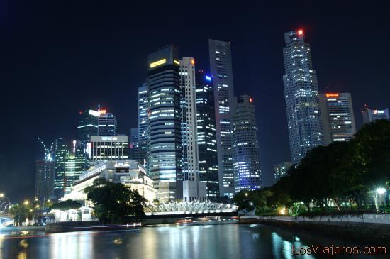City on night - Singapore La ciudad de noche - Singapur