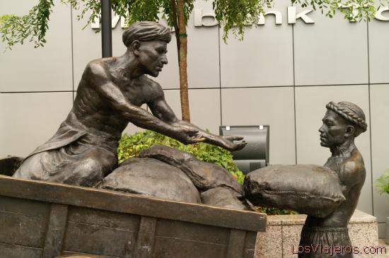 Sculptures in CBD - Singapore Esculturas en el CBD - Singapur