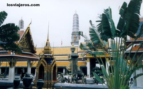 Wat Phra Kaew - Emerald Buddha- Bangkok - Thailand Wat Phra Kaew - Emerald Buddha- Bangkok - Tailandia