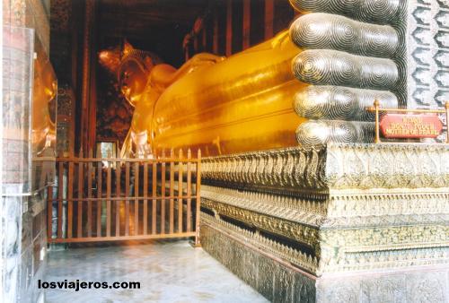 Reclining Bhuddha / Buda reclinado - Wat Phra Chetuphon - Bangkok - Tailandia Reclining Bhuddha / Buda reclinado - Wat Phra Chetuphon - Bangkok - Thailand