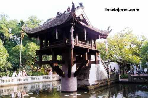 One Pillar Pagoda - Hanoi - Vietnam Pagoda de un Pilar - Hanoi - Vietnam