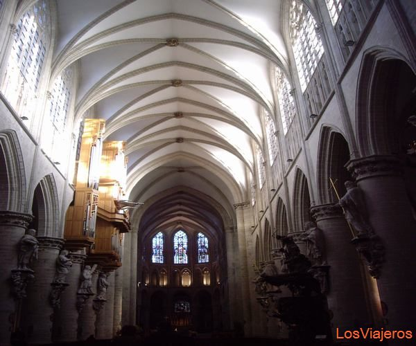 Cathedral of St Michael and St Gudule. Brussels. - Belgium Catedral de St Michael y St Gudula. Bruselas. - Belgica