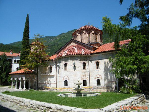Batchkovo monastery - Bulgaria Monasterio de Batchkovo - Bulgaria