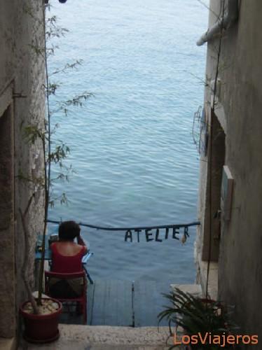 Silence - Croatia Meditando en Rovinj - Croacia