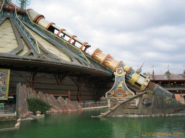 La Montaña del espacio:Misión 2 -Disneyland París  - Francia Space Mountain: Mission 2 - Disneyland París - France