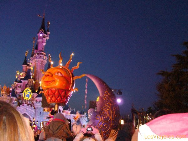 Cabalgata al atardecer - Disneyland París - Francia